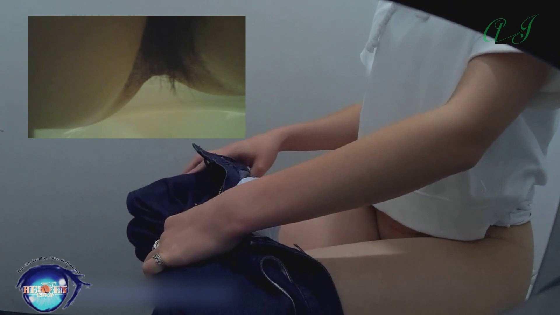 有名大学女性洗面所 vol.71 美女学生さんの潜入盗撮!後編 潜入シリーズ | 投稿  65pic 13