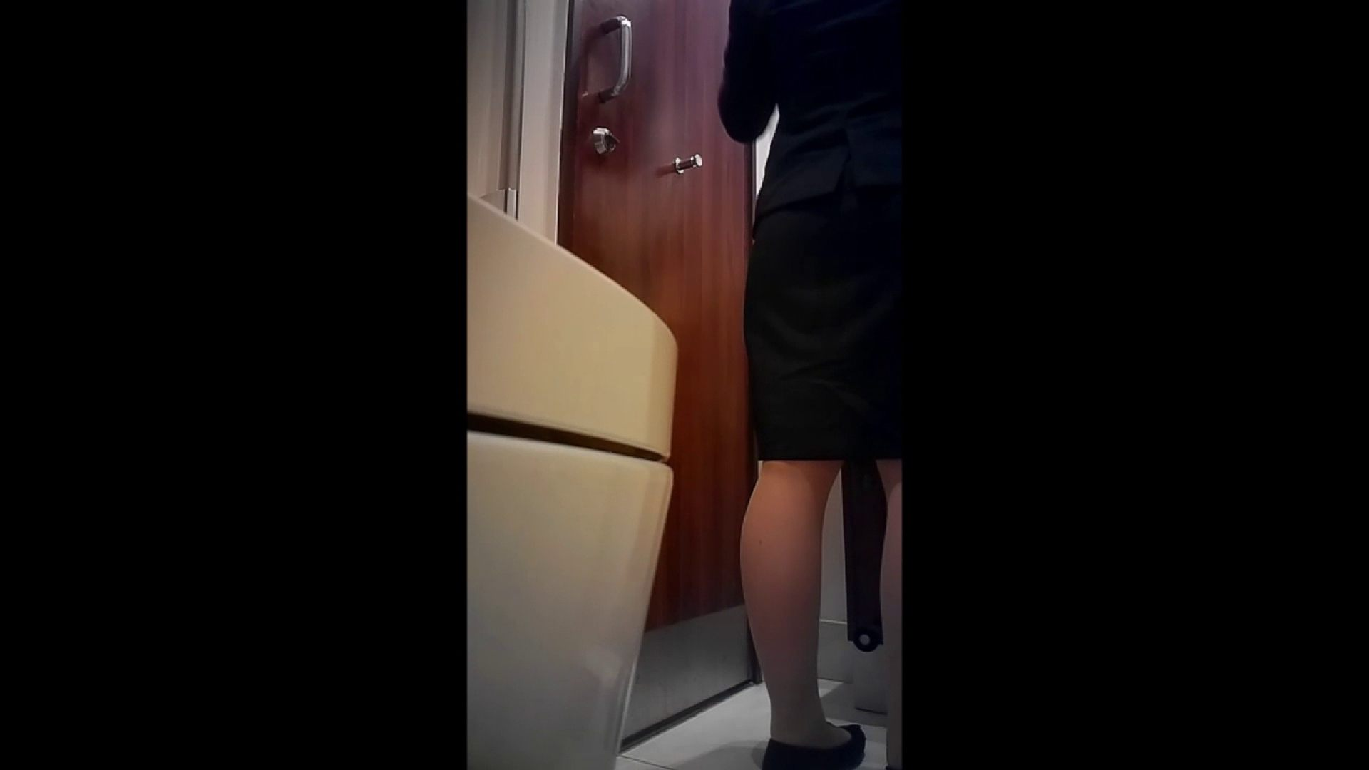 高画質トイレ盗撮vol.03 高画質   HなOL  79pic 45