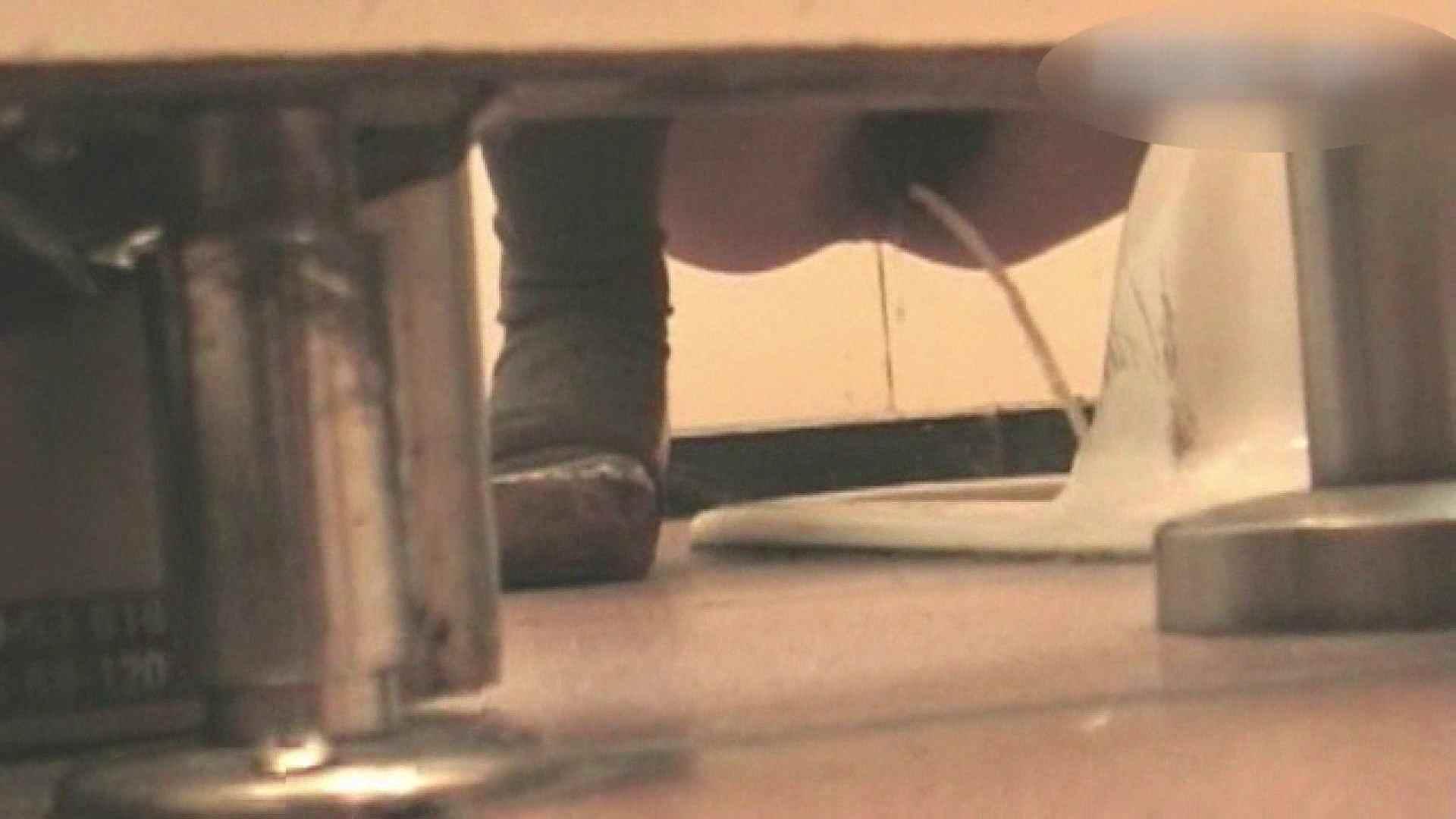 ロックハンドさんの盗撮記録File.04 接写   厠  67pic 1