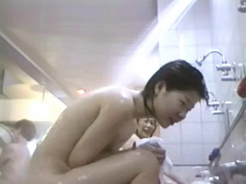 最後の楽園 女体の杜 洗い場潜入編 第2章 vol.2 潜入シリーズ   水着  81pic 31