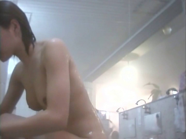 浴場潜入脱衣の瞬間!第二弾 vol.1 入浴   潜入シリーズ  75pic 63
