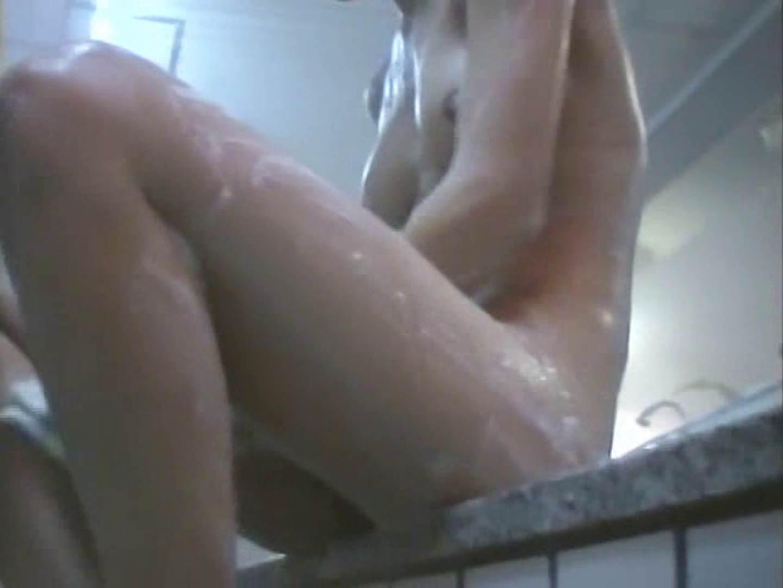 浴場潜入脱衣の瞬間!第二弾 vol.1 入浴   潜入シリーズ  75pic 71