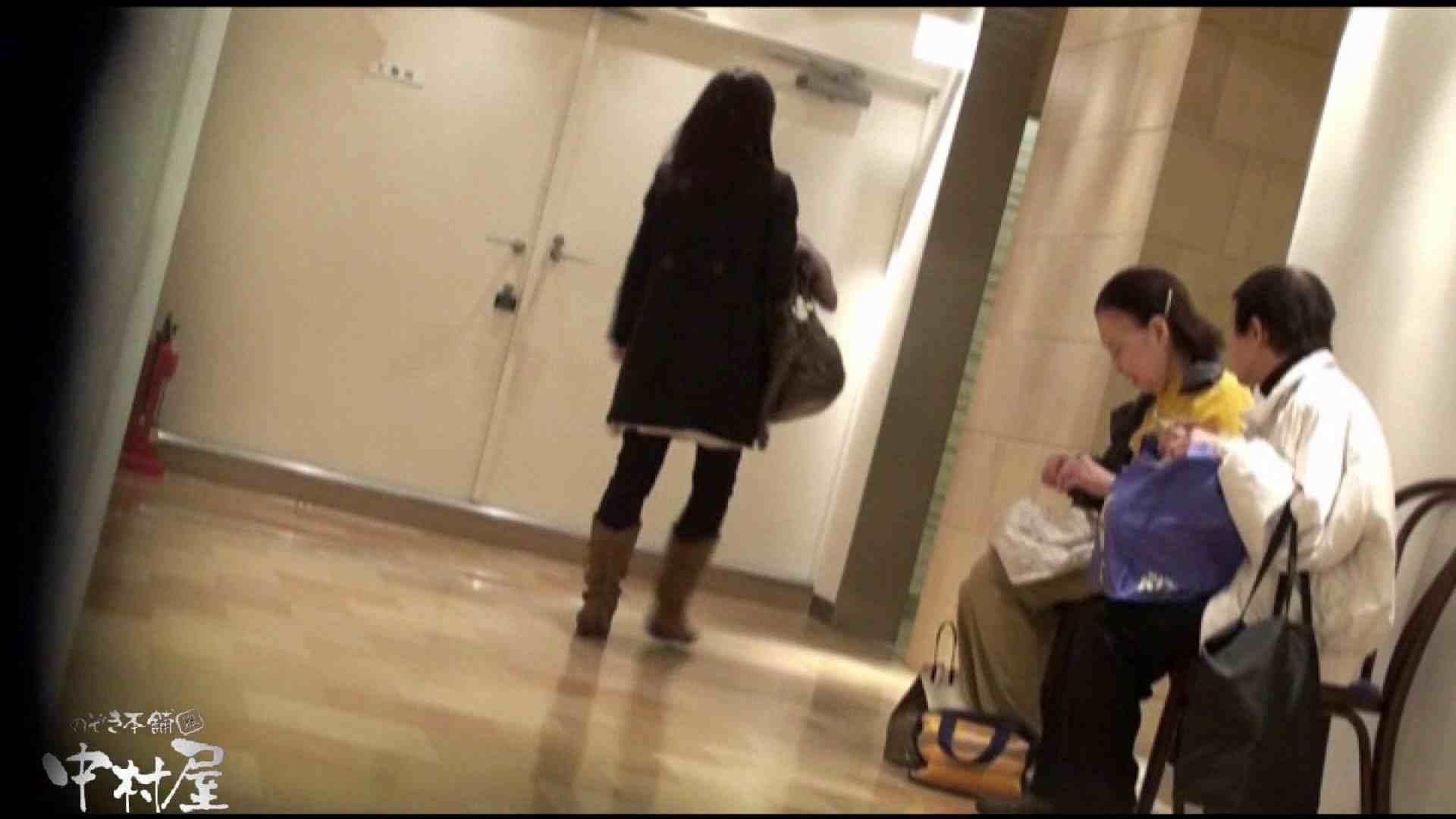 飛び出す黄金水!!!アトレ潜入 かわや盗撮 vol.02 制服ガール   潜入シリーズ  76pic 17