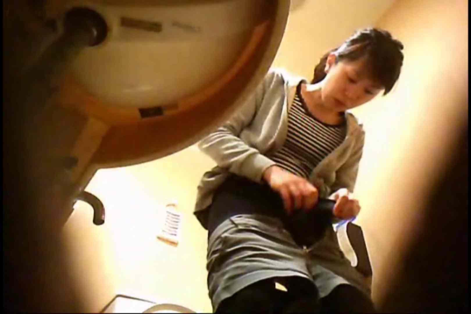 潜入!!女子化粧室盗撮~絶対見られたくない時間~vo,20 熟女   潜入シリーズ  97pic 1