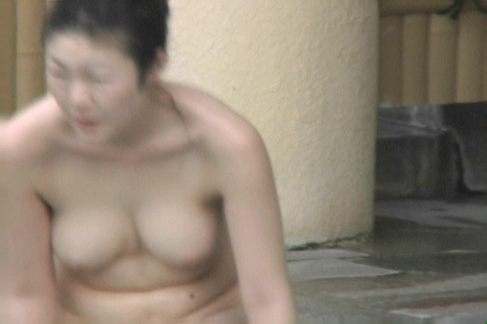 高画質露天女風呂観察 vol.009 Hな乙女 | 望遠  94pic 79