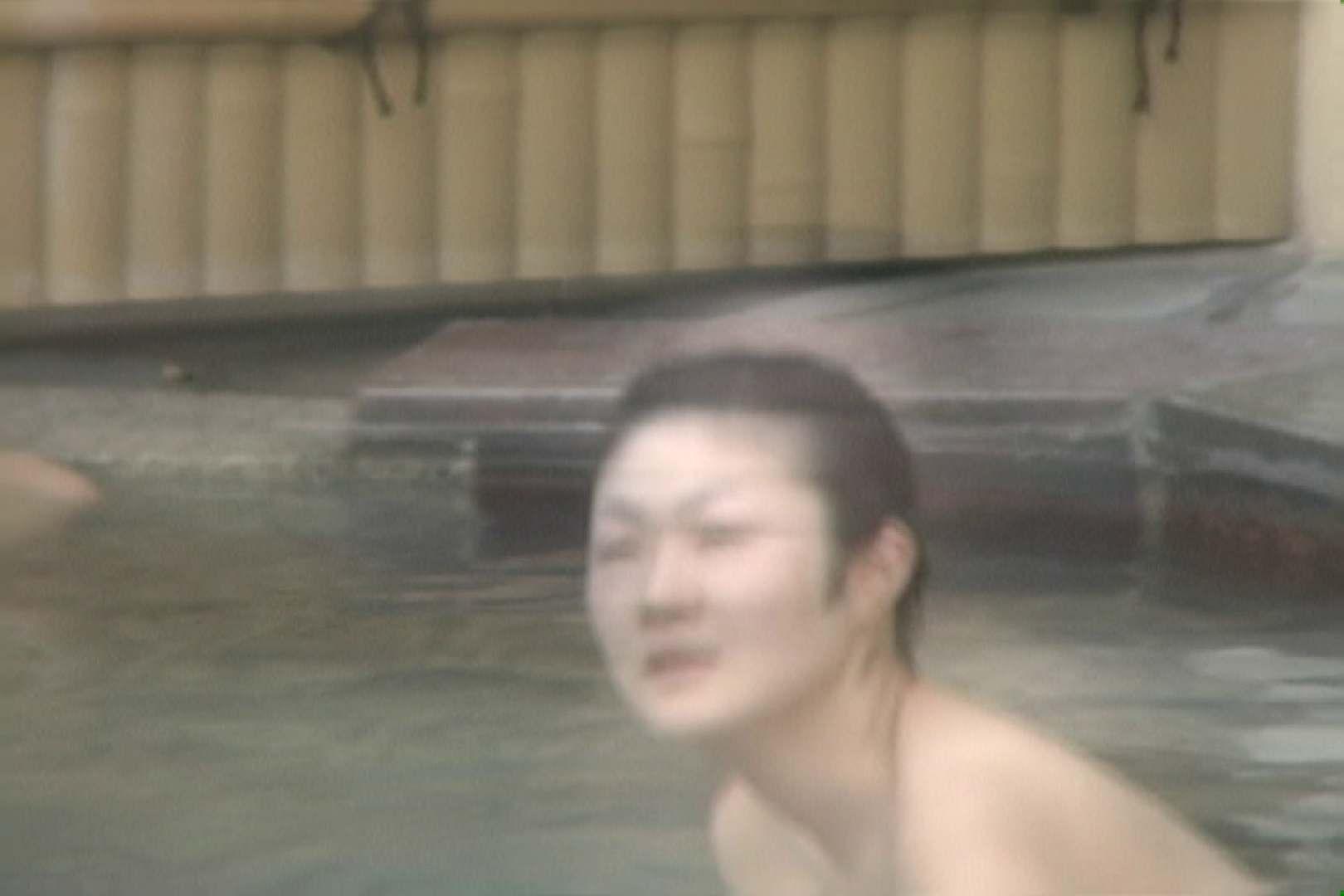 高画質露天女風呂観察 vol.009 Hな乙女 | 望遠  94pic 93