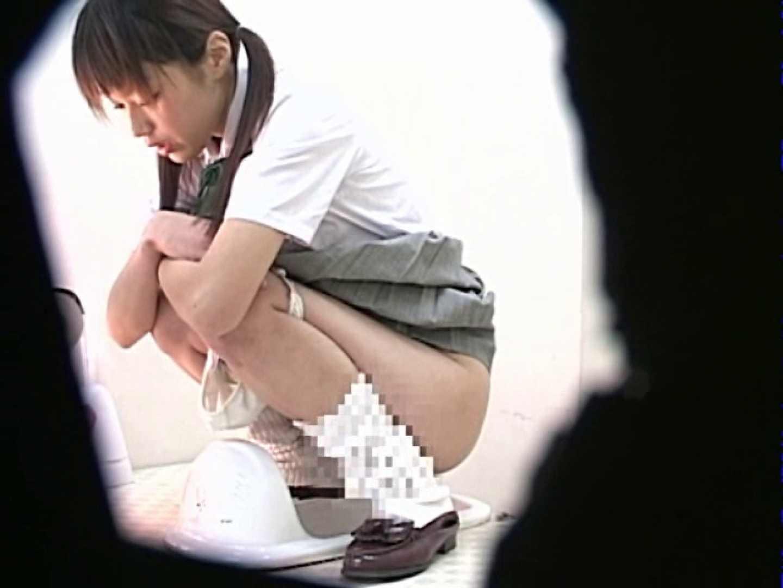 M字開脚制服女子を真下から盗撮! 高画質 | 肛門  88pic 87