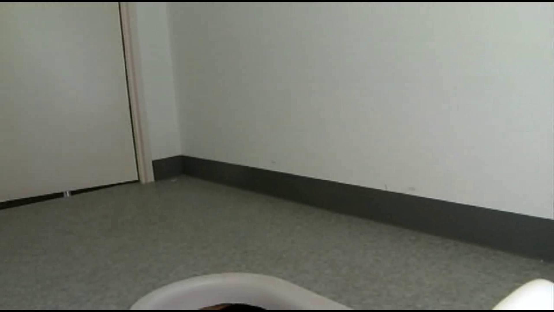 和式にまたがる女たちを待ちうけるカメラの衝撃映像vol.01 厠 | 接写  101pic 2