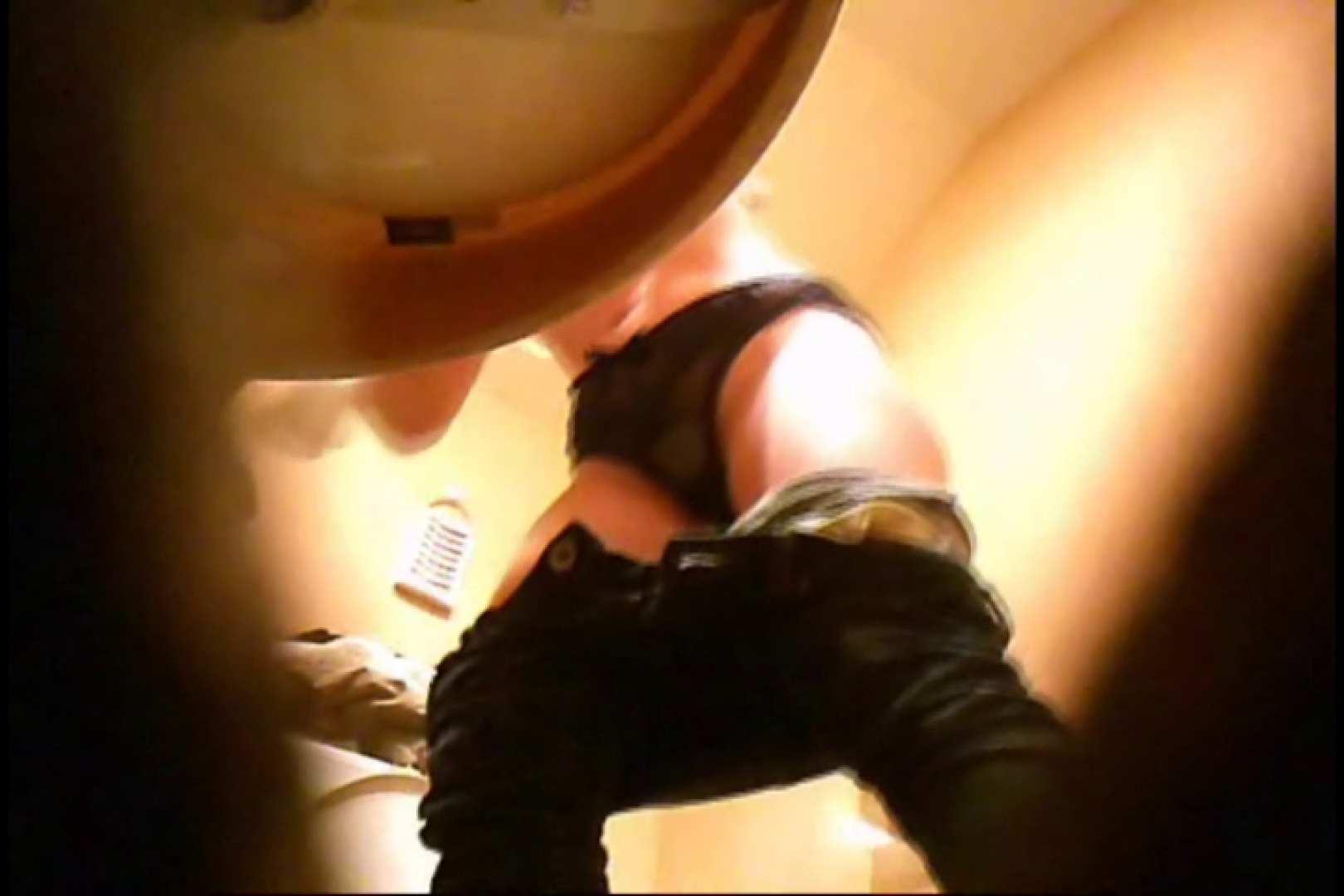 潜入!!女子化粧室盗撮~絶対見られたくない時間~vo,17 おっぱい | Hなお姉さん  86pic 11