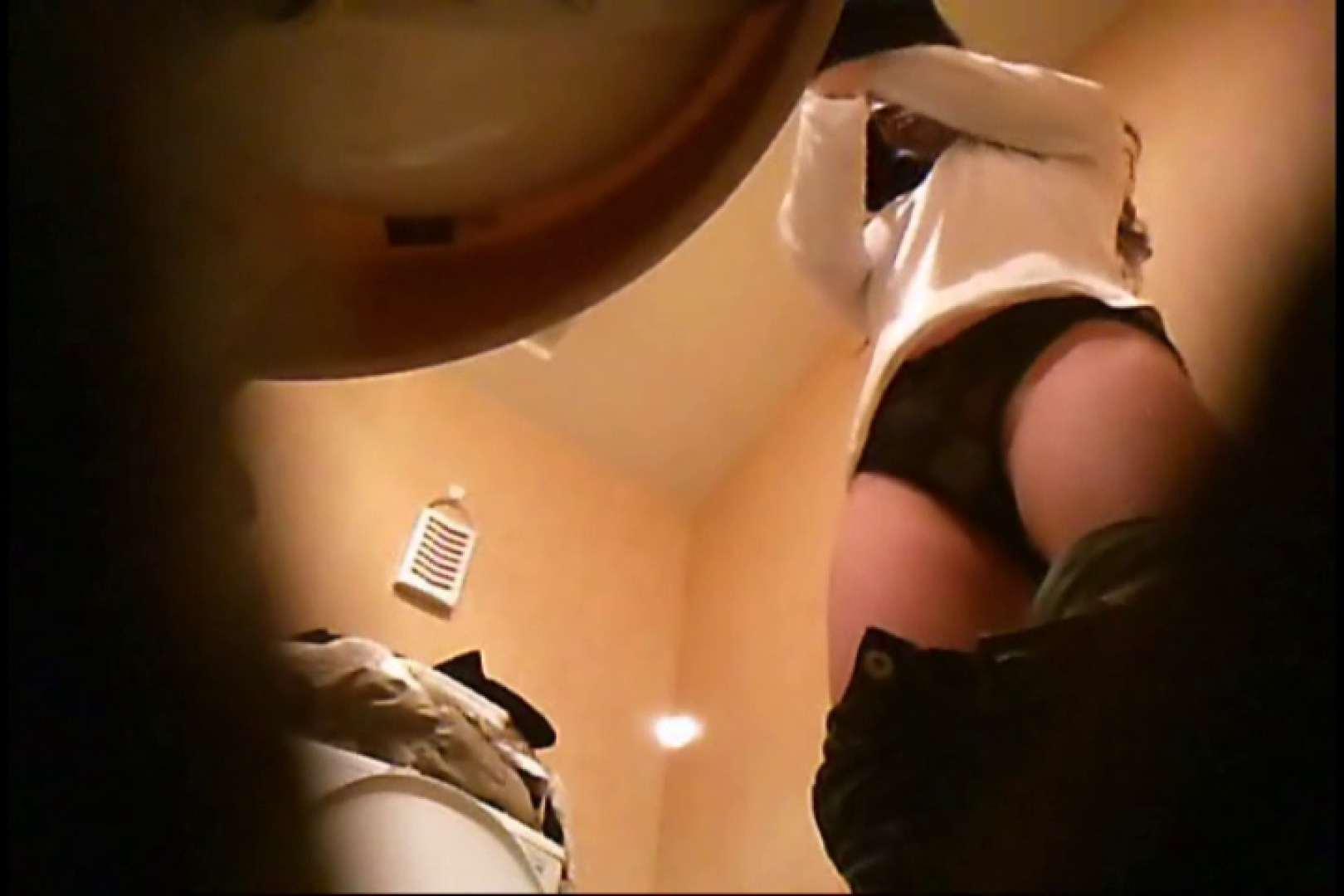 潜入!!女子化粧室盗撮~絶対見られたくない時間~vo,17 おっぱい | Hなお姉さん  86pic 15