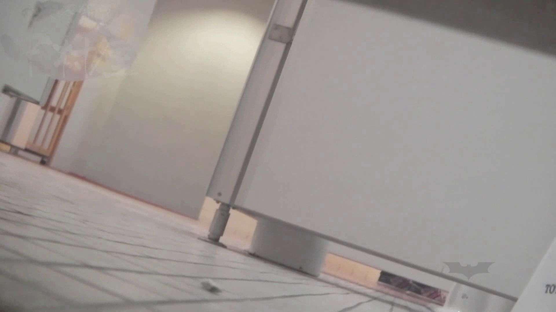 おまんこ:第三体育館潜File010 天真爛漫のピチピチちゃんがノックしに来た:ピープフォックス(盗撮狐)
